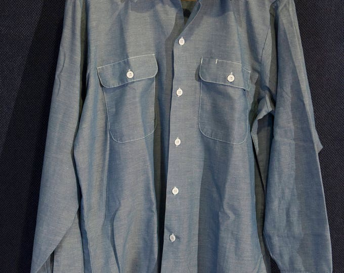 Vintage Big Mac Cotton Blend Chambray Workshirt with Flap Pockets and Pen Holder Size Medium