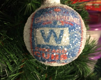 World Series Champions 2016!! Fly the W Chicago Cubs glass glitter ornament