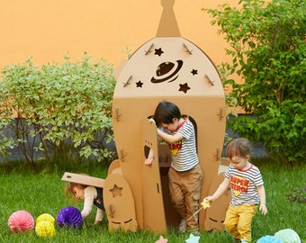 Cardboard Space Shuttle. Kids Spaceship Playhouse. Cardboard playhouse. Creative Crafts Playhouse for kids. Best Toy for Children. Eco toy