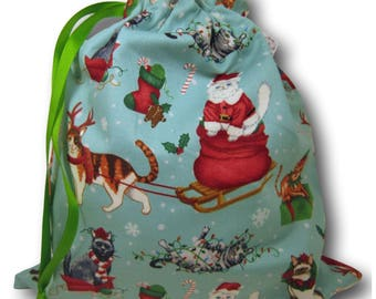 Christmas Kitties - A Solo Sheepie Holiday Bag for Knitting or Crochet
