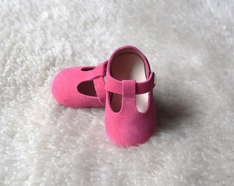 Pink Baby Girl Shoes, Baby Shoes, Hot Pink Baby Girl Mary Jane T Strap, Baby Moccasins, Newborn Crib Shoes, Baby Shower Gift, Infant Booties