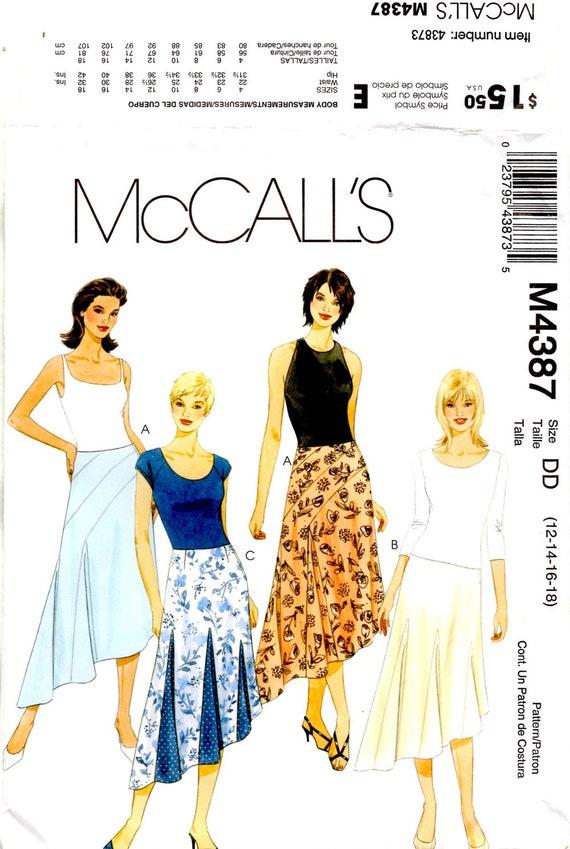 Misses Skirt Semi-Fitted Flared Side Zipper Varied Length