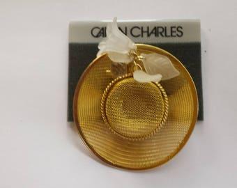 Gold Tone Summer Hat Brooch