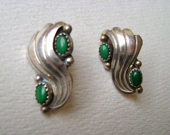 vintage sterling and green stone stud earrings