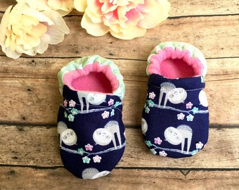 Sloths Moccasins - Sloth Baby Shoes - Sloth Baby Fashion - Sloth Baby Shower - Navy Soft Sole Crib Shoes - Birthday Outfit - Sloth Moccs