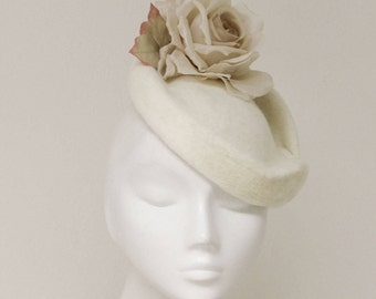 The Flossiéme Cocktail Hat - Ivory Felt Pillbox Headpiece w/ Silk Rose - Fascinator Hat