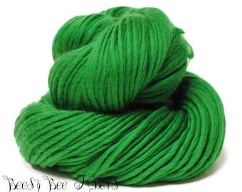 DINOSAUR - Super Bulky Yarn Chunky Knitting, Pencil Roving, Chochet, Weaving Merino Yarn - 200 grams skein