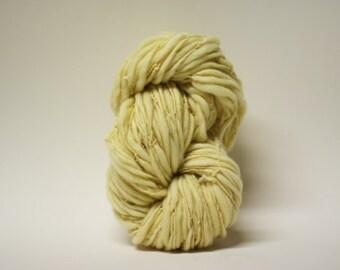Handspun Thick and Thin Yarn Wool Slub  Hand Dyed tts(tm) Merino Bulky Hollandaise 03