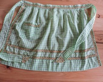Vintage Gingham Apron, Mid-Century Gingham Half Apron, Green Gingham Apron with Cross Stitch Design, Cross Stitch Vintage Cotton Apron