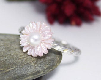 Pink Mother of Pearl ring/ Spring flower silver ring/ Pink flower ring/ Sterling silver ring, Mother's Day Gift