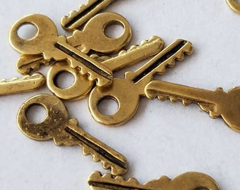 Antiqued gold Keys Charms (10)