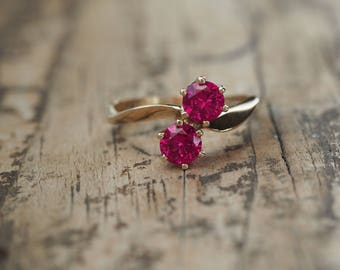 Size 7 Ring, Vintage Engagement Ring, Past Present Future Ring, 10kt yellow gold, Art Deco Ruby, Deco Engagement Ring, Anniversary Band