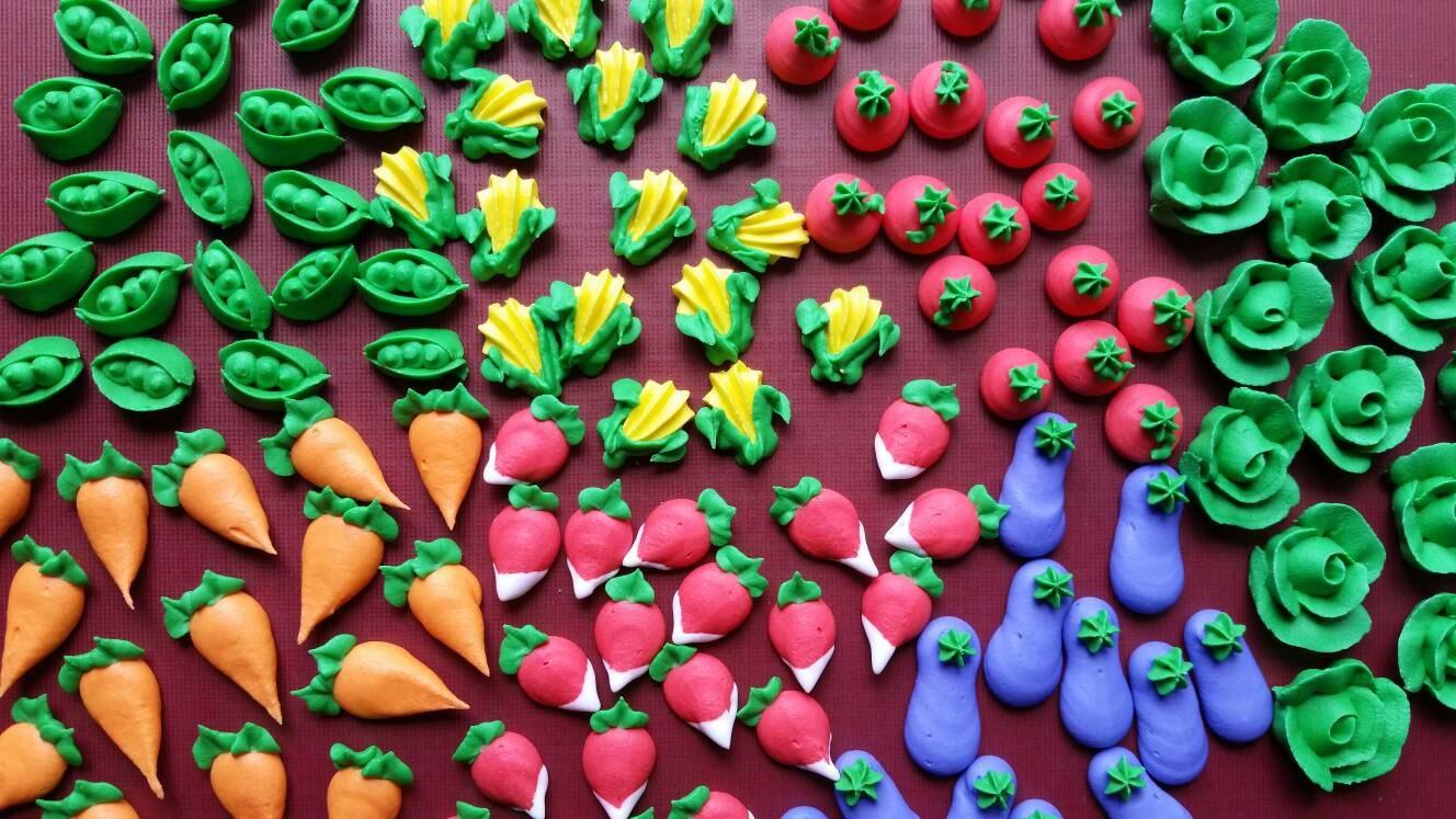 Mini royal icing garden veggies -- Ready to Ship -- Edible cake ...