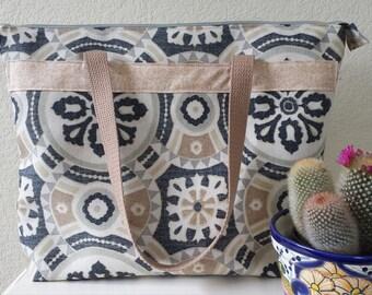 A Medium Weight Tote Bag with a Zipper Enclosure