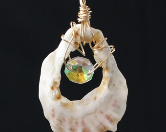 Shell Pendant Let's Dream Together