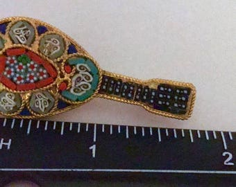 Musical instrument vintage micro-mosaic pin from Italy