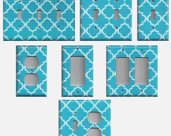 Blue and White Quatrefoil Trellis Light Switch Cover Outlet Covers Decora Switch Plate Switchplates Bedroom Decor Bathroom Decor Wall Decor