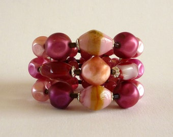 Red and Pink Glass Bead Memory Wire Bracelet