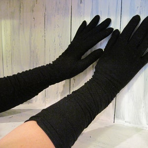 Vintage black color gloves, ladies long gloves, black long gloves, Gatsby design,small size ,ladies long black evening gloves