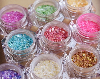 Irregular shape tiny shell fragments powder beads for epoxy resin molds resin jewelry made nail art glass globe filler