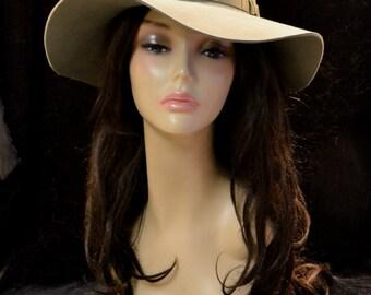 Felt beige trilby fedora , beige hat, winter hat, women's hat, autumn hat/ beige