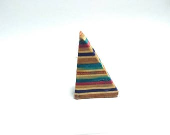 2 recycled skateboards in 1 triangle pendant