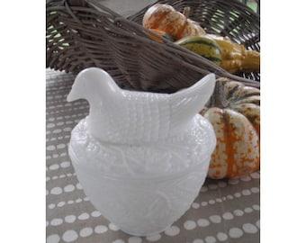 vintage Milk Glass Hen on a nest.... dresser jar ... storage ...