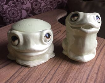 Frog Creamer and Sugar Bowl - Wieboldt's