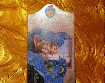 fancy little cat picture: my lovely Venetian blue