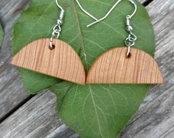Half-moon wood earrings