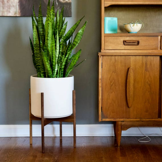 mid century modern plant stand with round legs walnut wood. Black Bedroom Furniture Sets. Home Design Ideas