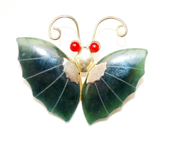 Butterfly Brooch - Green Nephrite jade gemstone  - Winged insect pin pendant unsigned Swoboda style