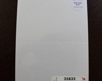 White Shimmer informal folder, 25 count