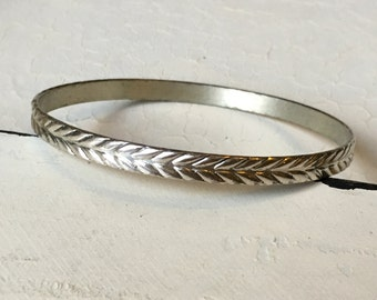 Vintage Sterling Silver Chevron Bangle Bracelet. Bangle Bracelet. Sterling Silver Bracelet. Arrow/Chevron Bangle. Chevron Design Bracelet