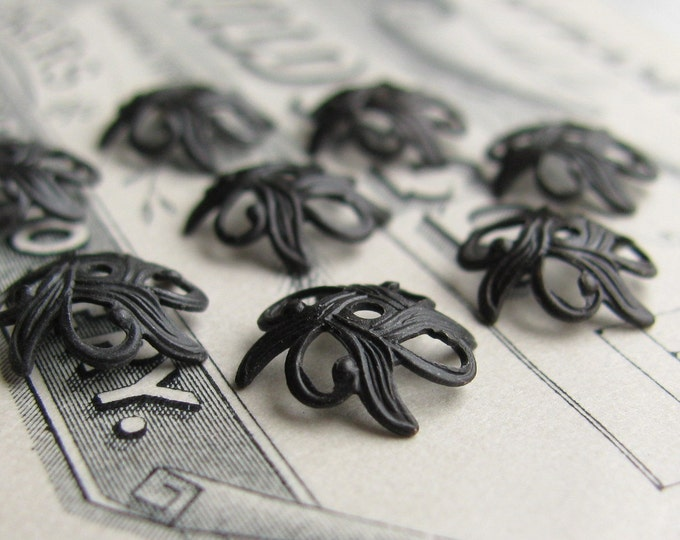 Art Nouveau Lily 9mm beadcap - black antiqued brass (10 black bead caps) oxidized brass bead cap BC-SV-032