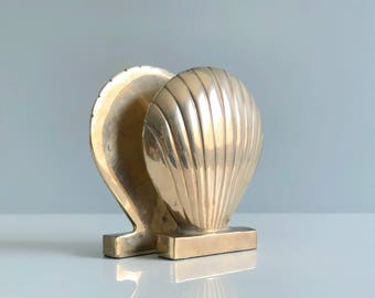 Vintage Brass Shell Bookends / Brass Scallop Bookends / Brass Seashell Bookends