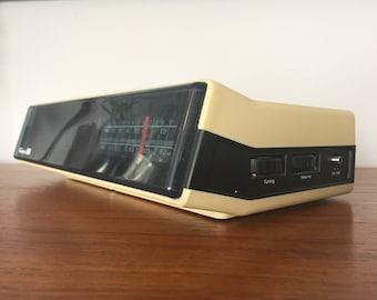 Vintage Transonic Model 16E9 Clock Radio