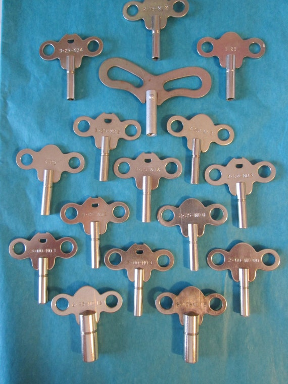 16 Assorted Steel and Chrome Clock Keys for your Clock Projects, Steampunk Art and Etc...