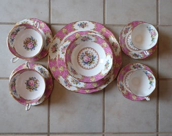 Gorgeous Pink 2 Service 14-Piece Place Set Royal Albert Lady Carlyle(20% Off)