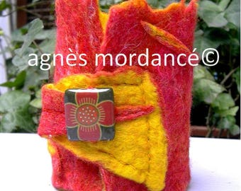 """Cuff Bracelet, felted wool, red yellow, unique """"Blood"""""""