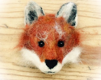 Needle felt kit - fox brooch kits
