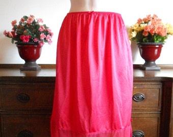 Vintage Red Half Slip Petticoat ~  1970's Red Half Slip ~ 5 inch Lacy Hem Red Slip ~  Lacy  Red Half Slip ~ ~ Lacy Red Underskirt~ Half Slip