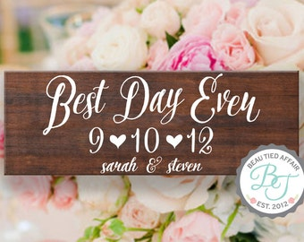 Best Day Ever Rustic Wooden Wedding Sign • Save the Date Sign • Wedding Date Sign with Couples Names • Unique Wedding Gift