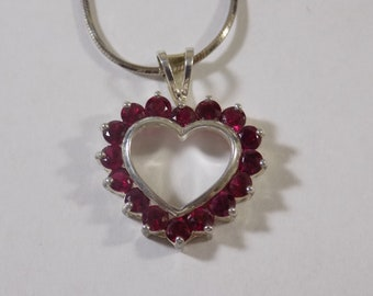 Beautiful sterling silver heart pendant with 18 inch sterling silver necklace