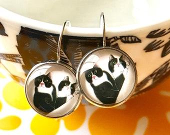 Tuxedo Cat cabochon earrings- 16mm