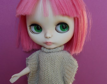 Poncho available for Momoko, blythe, barbie, fashion royalty, pullip, bjd...