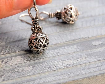 Silver Boho Earrings, Bohemian Earrings, Silver Bali Style Earrings, Ball Earrings, Simple Earrings, Everyday Dangle Earrings, Gift for her