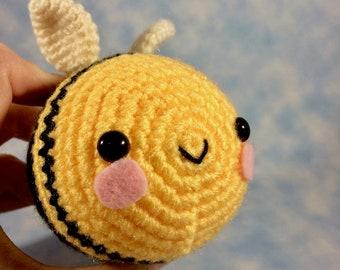 CROCHET PATTERN for Little High Flyer Bumble Bee Amigurumi!