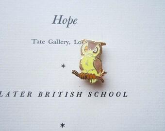 Vintage Enamel Pin, 1980's Wise owl Pin / Brooch, Winking Eye Owl Retro Enamel Hat,  Book Bag Pin, Wise Honorable Owl , Smarty Pants Gift