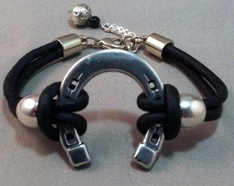 Silver Horseshoe and Black Leather Bracelet, Equestrian Bracelet, Horseshoe Bracelet